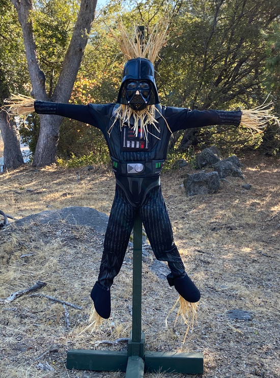 Eastern Madera Recreation Scarecrow Contest